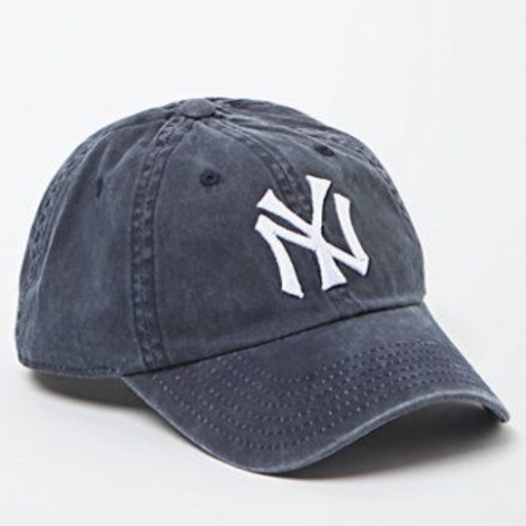 a792c6afe0ba5 Brandy Melville Accessories - BRANDY MELVILLE YANKEES HAT AMERICAN NEEDLE